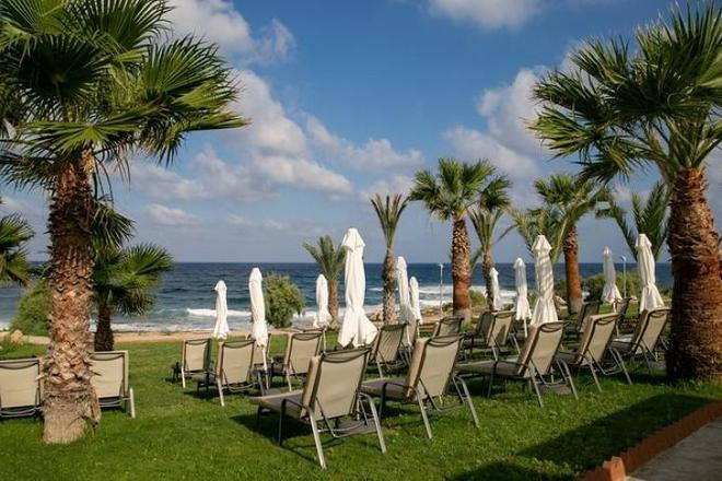 Hotel Louis Paphos Breeze