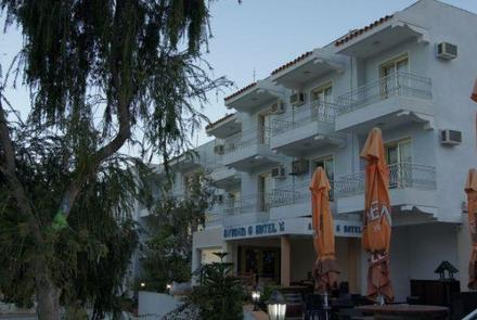 Hotel Antonis G Apartments