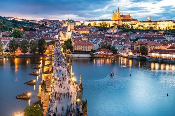 Praga widok na most Karola