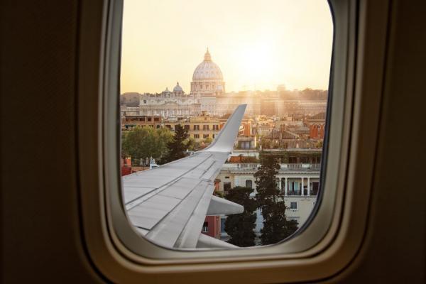 Panorama Rzymu z okna samolotu