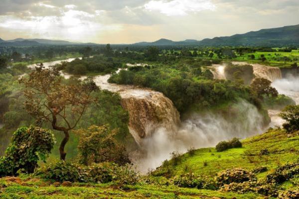 Nil Błękitny – najdłuższy i najbardziej zasobny w wodę dopływ Nilu