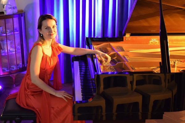 Nastrojowy wieczór z muzyką Fryderyka Chopina